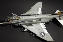 F-4J-VF103